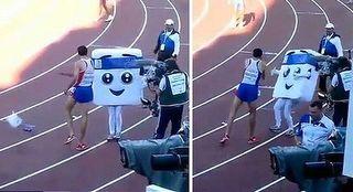 Runner-mascot-shove